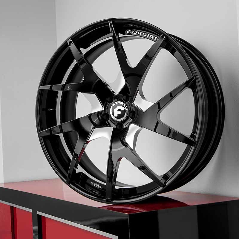 images-products-1-7109-232979397-forged-custom-wheel-f2.23-ecl-forgiato_2.0-218-05-16-2018.jpg
