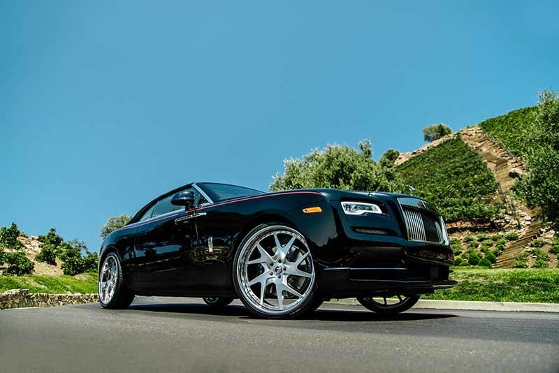 images-products-1-7128-232979416-rolls-royce-dawn-drea-brushed-f23-4.jpg
