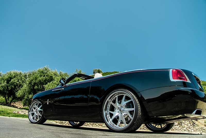 images-products-1-7137-232979425-rolls-royce-dawn-drea-brushed-f23-6.jpg