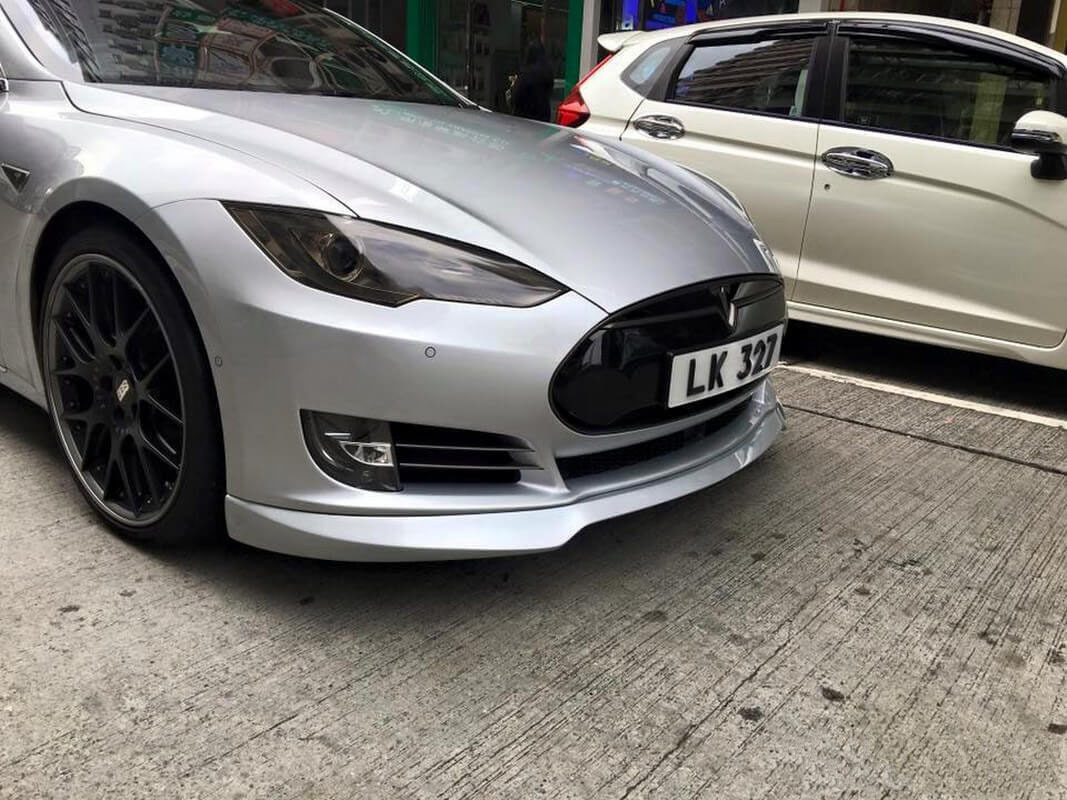 Unplugged Performance Front Spoiler and Diffuser System for Tesla Model S new style