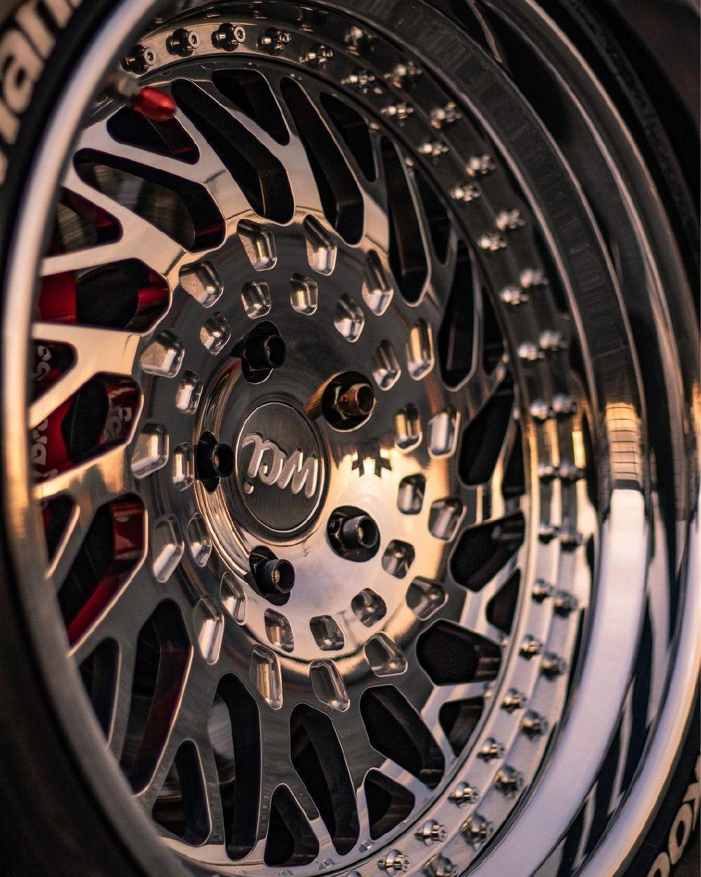 WATERCOOLED DB1 forged wheels
