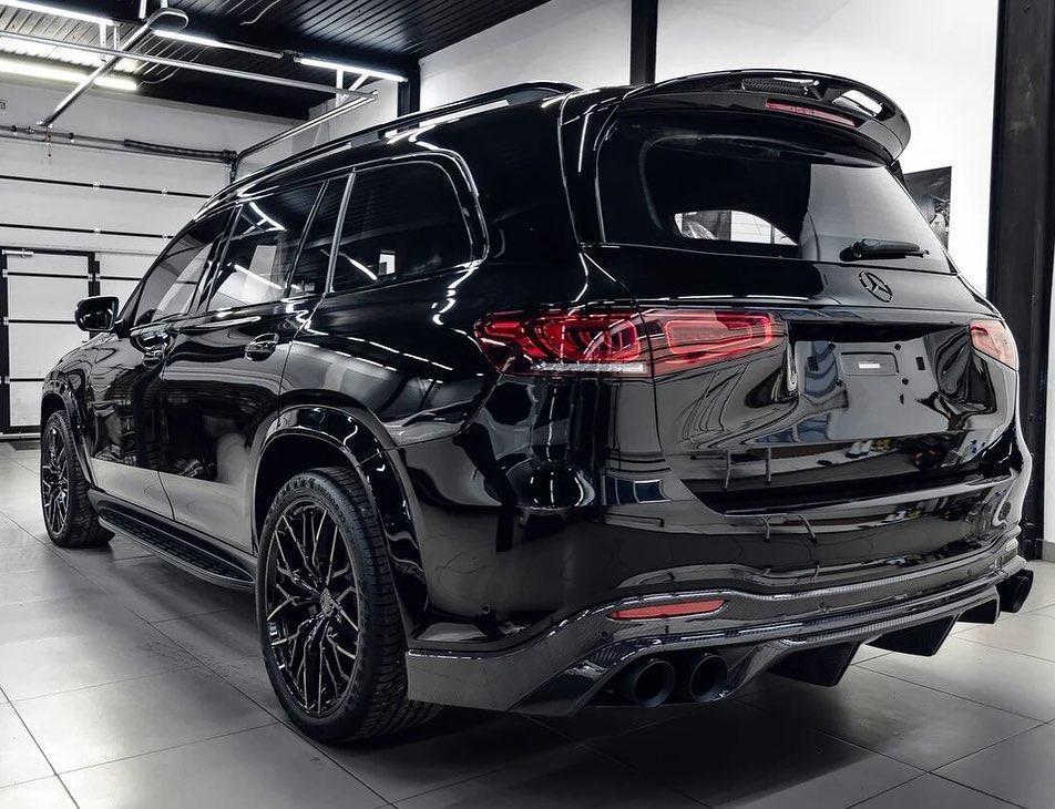 Larte Design Black Crystal body kit for Mercedes GLS new style