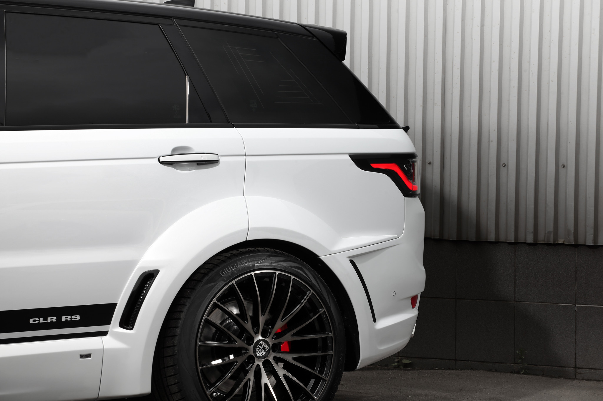 LUMMA CLR RS 2018 body kit FOR RANGE ROVER SPORT MY2018
